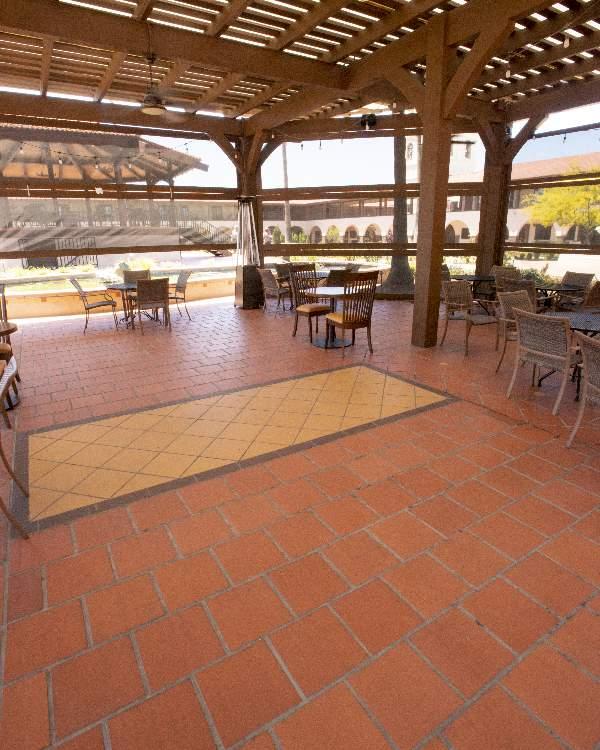 Commercial-red-tile-restuarant-patio-Terratile-clay-tiles-terracotta-distributor-manufacture-dealer-bulk-prices-construction-custom-remodel-project-commercial-house-building-