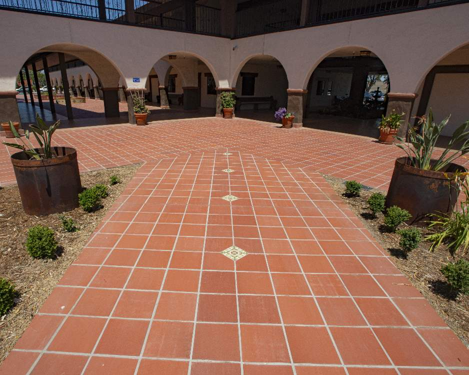Red-walkway-commercial-tile-Terratile-clay-tiles-terracotta-distributor-manufacture-dealer-bulk-prices-construction-custom-remodel-project-commercial-house-building-1