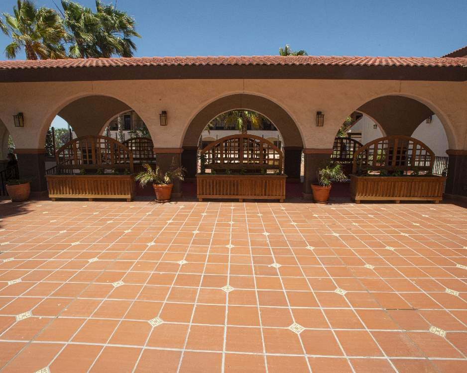 Red-walkway-commercial-tile-Terratile-clay-tiles-terracotta-distributor-manufacture-dealer-bulk-prices-construction-custom-remodel-project-commercial-house-building-3